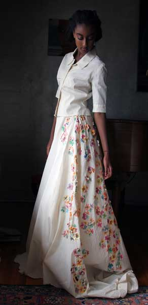 Avante-Garde-looks_Delina muslin dress with hand painted pop up flowers