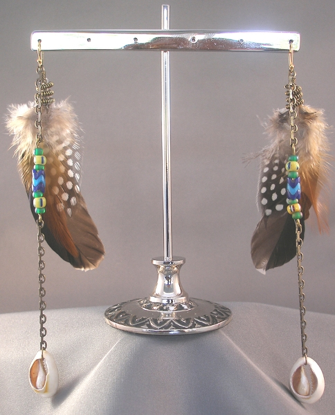 brown-polkadot-african-bead-n-shell-feather-earring_gold-metal-chain_6-inches