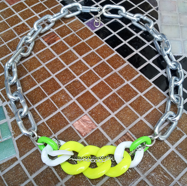 neon-yellow-chainlink-necklace_saamdesigns_jewelry